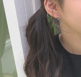 lovering too, earring