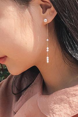 long shys, earring