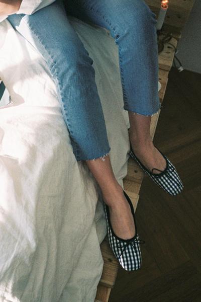 bana check, shoes