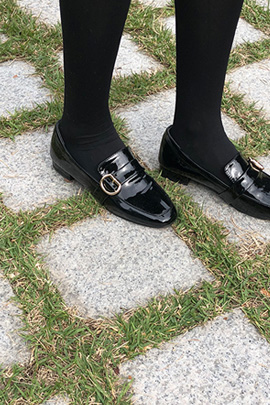 coin black, shoes