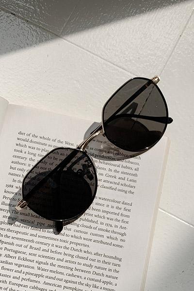 로먼 블랙 썬글라스