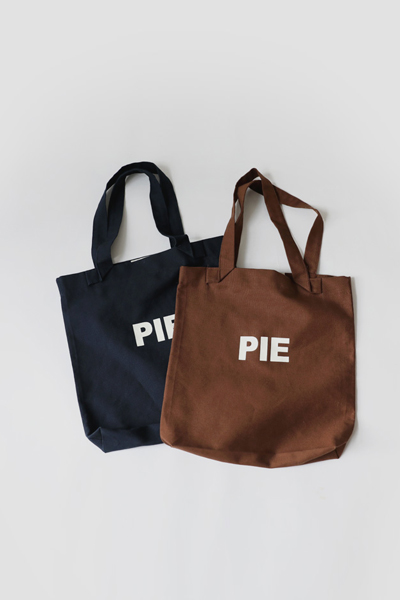 pie on, bag